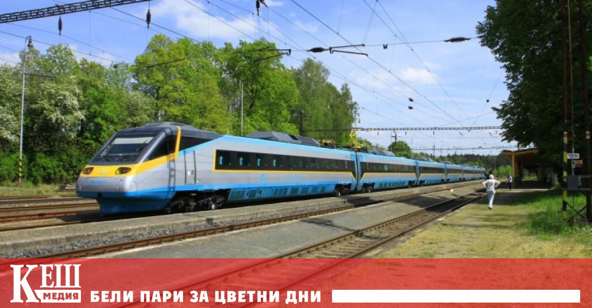 Влаковете в Германия ще преминат изцяло на енергия от вятъра и Слънцето