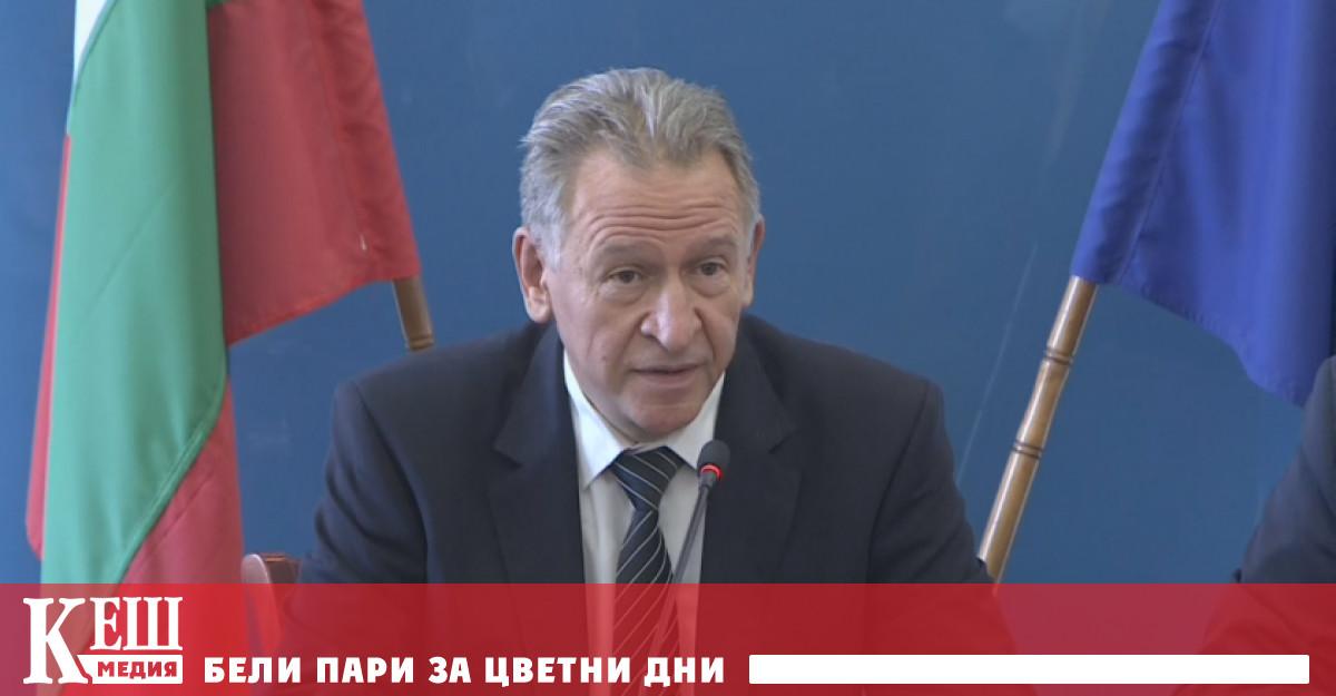 Направени са корекции в заповедта на здравния министър Стойчо Кацаров